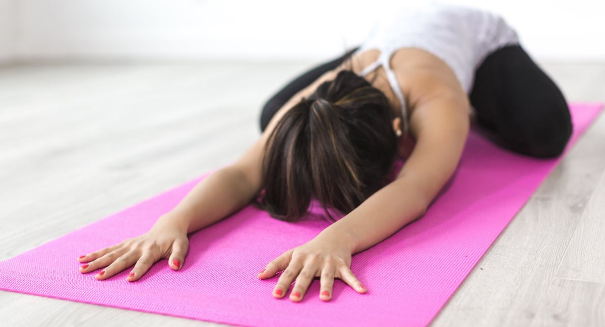 Why You Should Start Your New Year Fitness Plan With Yoga